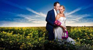 sesja plenerowa w rzepaku - fotografia ślubna Wadowice
